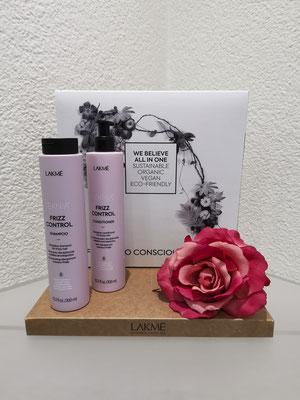 Frizz Control, für krauses Haar Duft: Lotusblume mit ätherischem Ylan-Ylang Öl