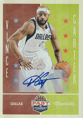 2012-13 Panini Past and Present Signatures #64 Vince Carter