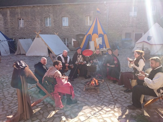 Teilnahme am Mittelaltermarkt auf der Wasserburg Egeln