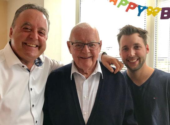 2018: Drei Generationen an Papi's letzter Geburtstagsfeier