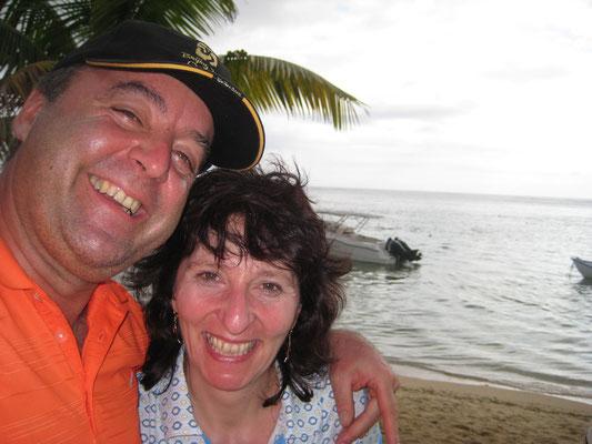 2010 direkt nach meiner Feier zum 50. Geburtstag ging's nach  Mauritius. Meine Geburtstagsgäste blieben zurück - und feierten munter weiter.