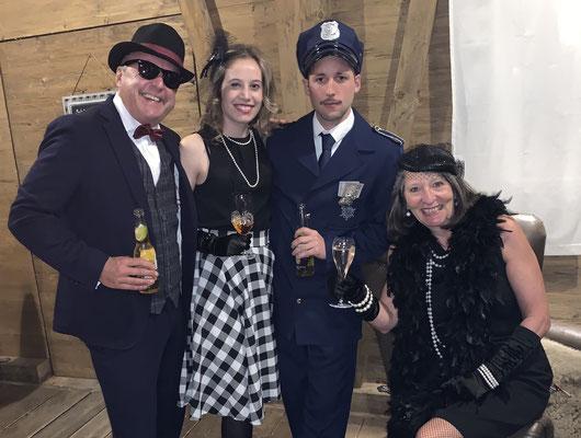 2019: Die Mafia-Gang an Töggis Geburtstag
