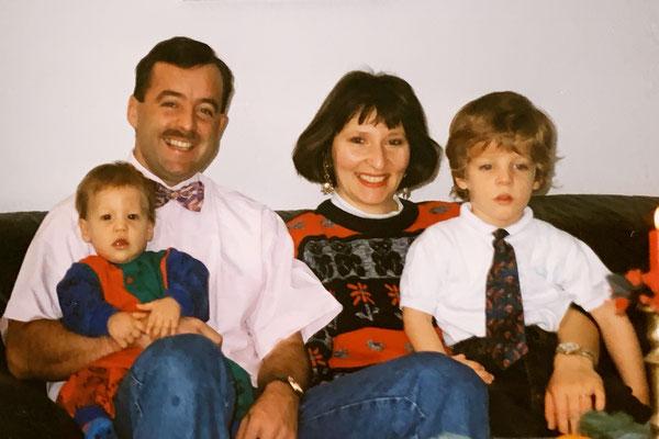 22.11.1993: Die Jungs freuen sich auf Weihnachten...