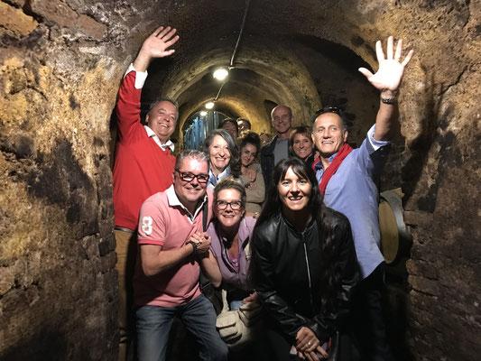 Mit Besuch im ältesten Weinkeller in Neive