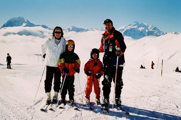 02/1999: Skiferien bei Ursula und Skilehrer Tony auf der Belalp