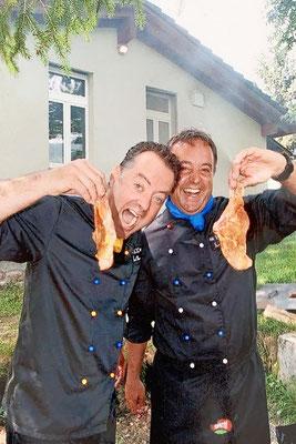 Mit Joe am Grill am jährlichen Familienfest in Goldau