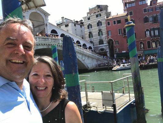 Venedig ist einer unserer Lieblingsstädte - nicht das Zentrum - sondern die vielen, vielen Nebengassen und die kleinen Ristoranti