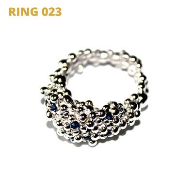 """Ring aus der Serie Good Girl   14tk Weissgold   10 Saphire gefasst   *handmade  <br><a href=""""https://www.caroertl.com/shop/ringe/ring-023/"""" target=""""_blank"""" p style=""""color:#d5a93e""""> zum SHOP ...</a>"""