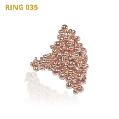 "Ring aus der Serie Good Girl   925 Sterlingsilber rosévergoldet   *handmade  <br><a href=""https://www.caroertl.com/shop/ringe/ring-035/"" target=""_blank"" p style=""color:#d5a93e""> zum SHOP ...</a>"