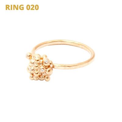 """Ring aus der Serie Good Girl   925 Sterlingsilber rosévergoldet   8 Babydiamanten gefasst   *handmade  <br><a href=""""https://www.caroertl.com/shop/ringe/ring-020/"""" target=""""_blank"""" p style=""""color:#d5a93e""""> zum SHOP ...</a>"""