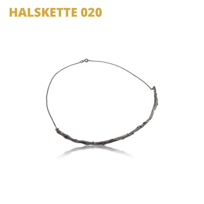"Halskette aus der Serie Wired   925 Sterlingsilber geschwärzt   *handmade  <br><a href=""https://www.caroertl.com/shop/halsketten/halskette-020/"" target=""_blank"" p style=""color:#d5a93e""> zum SHOP ...</a>"