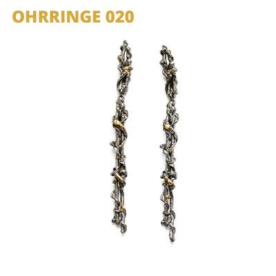 """Ohrringe aus der Serie Wired   925 Sterlingsilber geschwärzt   14kt Gelbgold aufgeschmolzen   *handmade  <br><a href=""""https://www.caroertl.com/shop/ohrringe/ohrringe-020/"""" target=""""_blank"""" p style=""""color:#d5a93e""""> zum SHOP ...</a>"""