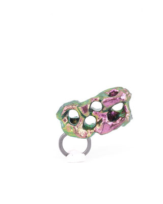 LEAP | Ring | Balsaholz, irisierendes Pigment, Lack, Silber | € 400.-