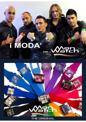 Locandina pubblicitaria con testimonial il gruppo musicale dei Modà per gli orologi Monwatch