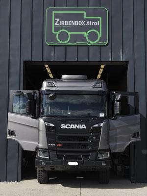 4x4 Wohnmobil Zirbenbox Scania XT 370 Werkstatt Schatzmeister 4x4