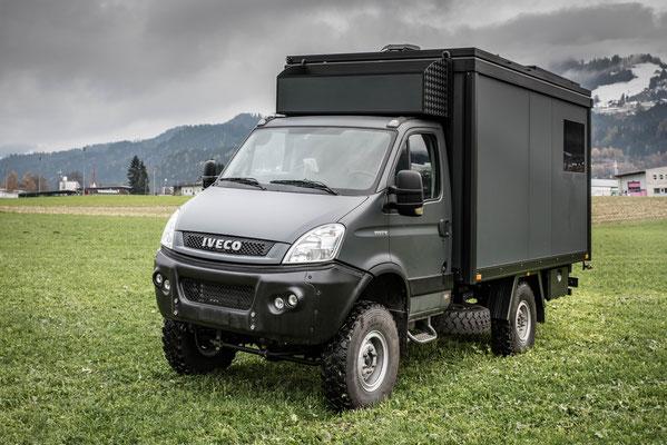 Expeditionsfahrzeug Zirbenbox auf Iveco Daily