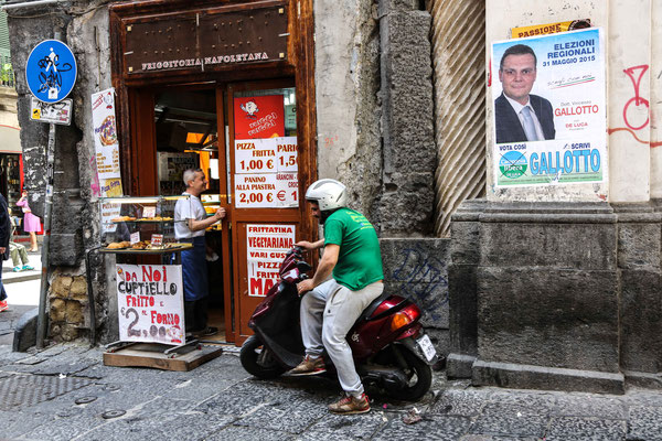 Italy, Napoli alley