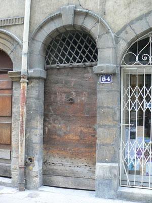 64 rue Saint-Jean (5e)