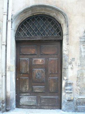 9 rue Saint-Jean (5e)