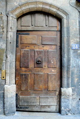 24 rue Saint-Jean (5e)
