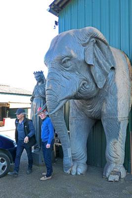 Éléphant de la fontaine de Quatre-sans-cul à Chambéry