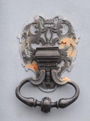 8 quai Lassagne (1er)