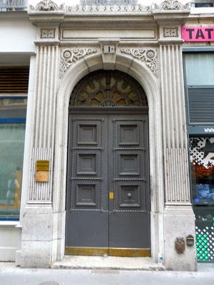 1 rue de Constantine (1er)