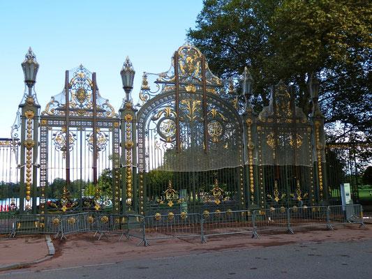 Parc Tête d'Or, entrée des Enfants du Rhône (1)