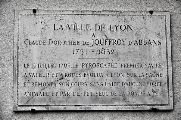 1 rue des Estrées Lyon 5ème