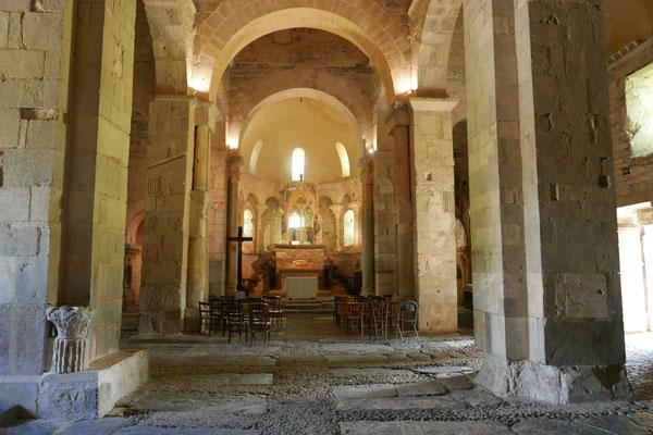 La basilique St-Just de Valcabrère : la nef