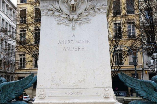 place Ampère Lyon 2ème