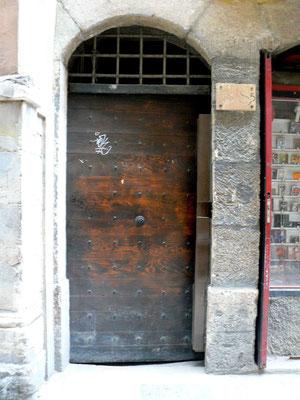 38 rue Saint-Jean (5e)