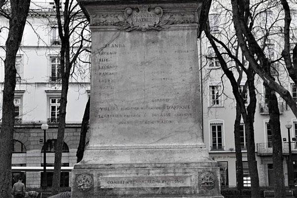 place Sathonay Lyon 1er