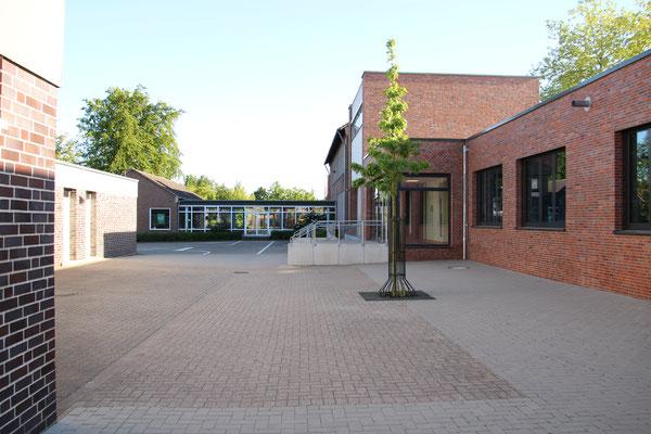 Schulgebäude (Anbau)
