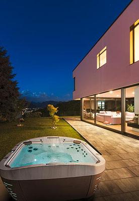S&K GmbH Jacuzzi Whirlpool - Jacuzzi auf der Terrasse