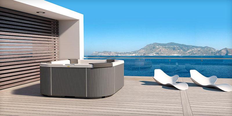 S&K GmbH Jacuzzi Whirlpool - Außenwhirlpool im Hintergrund das Meer