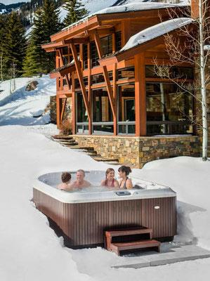 S&K GmbH Jacuzzi Whirlpool - Auch im Winter kann man einen Jacuzzi benutzen