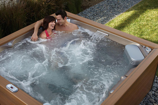 S&K GmbH Jacuzzi Whirlpool - Entspannen im Außenwhirlpool