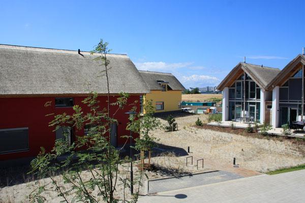 Blick vom 2.Balkon ins Strand Resort und auf den Binnensee