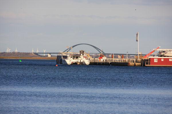 Die Fehmarnsundbrücke in Reichweite