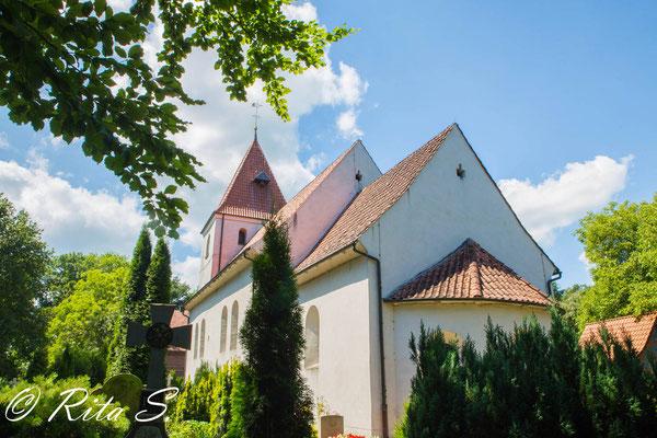 Aussenansicht der Kirche von Süd-Osten.