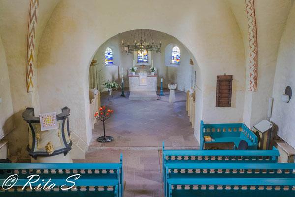der Blick von der Orgel hinab in den Chorraum
