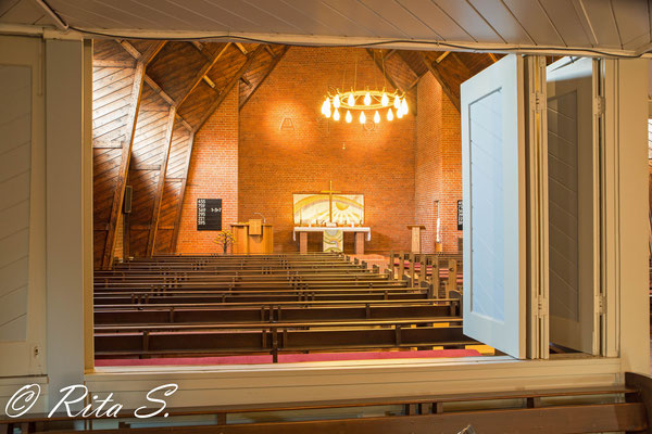 ein erster Blick in den Kirchenraum....