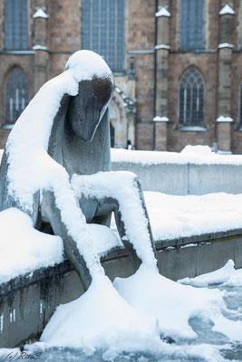 Kalte Füsse im Neptunbrunnen