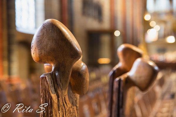 Holzplastiken von Walter Green