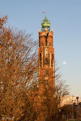 Simon-Loschen-Leuchtturm im Licht der Abendsonne