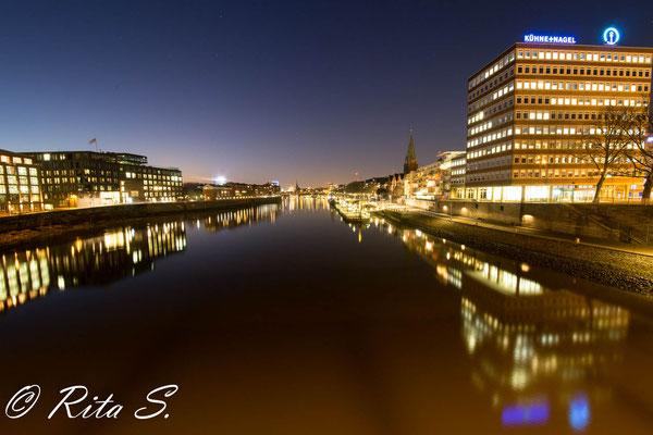 Der Martinianleger an der Weser im Herzen der Stadt