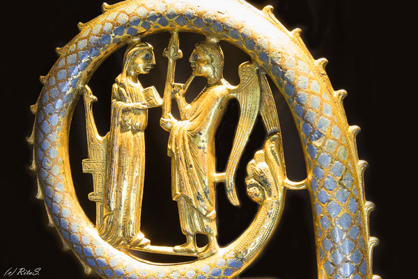Bischofskrümme mit der Darstellung der Verkündigung