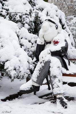 Loriot im Schnee