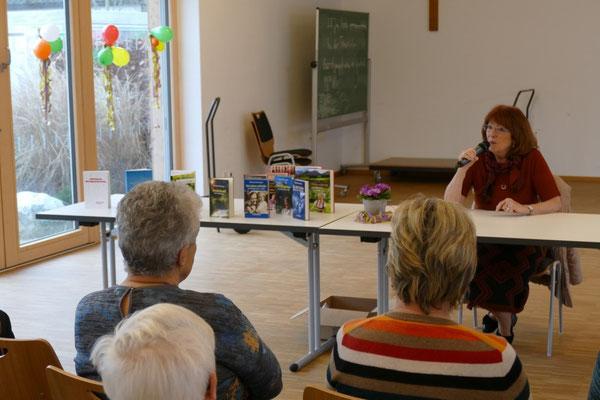 Eine Schriftstellerin erzählt -  mit Richardis Ahammer-Schwenger